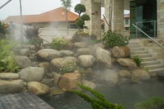 Home use misting system